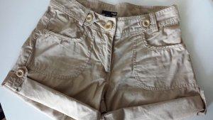 Schöne Shorts in beige / hellbraun wie neu