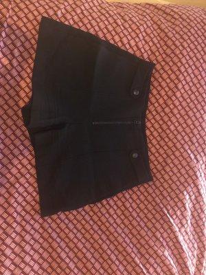 Schöne Shorts von Zara