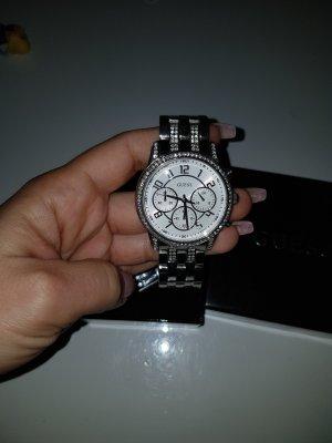 schöne silber Uhr