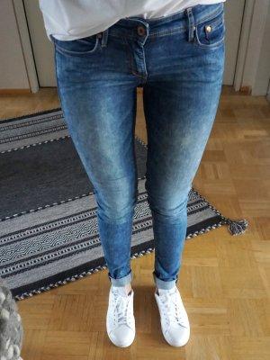 Schöne skinny Jeans von H&M