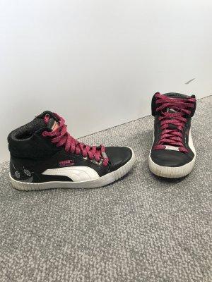 Schöne Sneaker, Größe 38, Puma