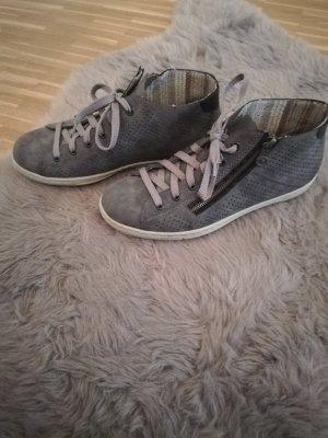 Schöne Sneaker in dunkelgrau von Rieker