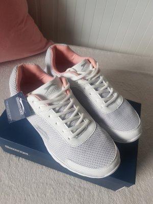 Schöne Sneaker von Slazenger