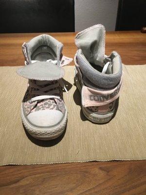 Schöne Snealers von All Star in Leoprint