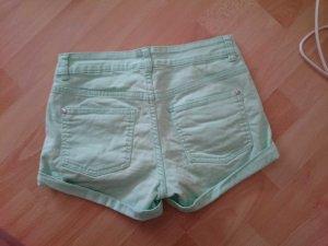 Schöne Sommer-Shorts