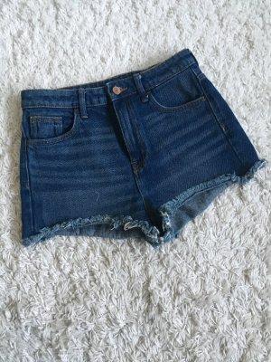 Schöne Sommer Shorts High Waist