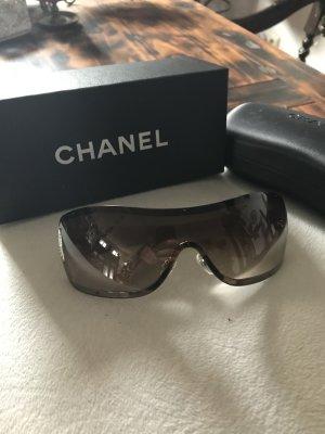 Schöne Sonnenbrille von Chanel