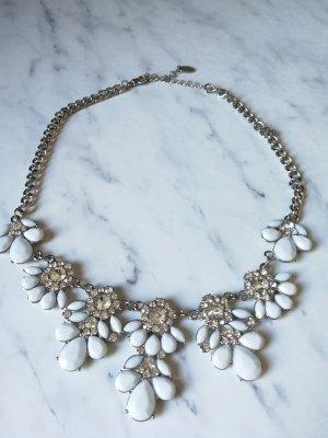 Schöne Statementkette in weiß Silber