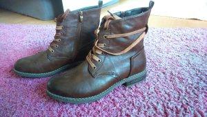 Schöne Stiefel von Rieker in Größe 40 Neuwertig! Schnürstiefel