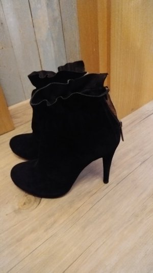 Manas Botas con tacón negro