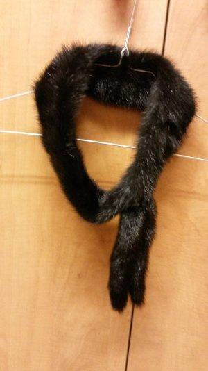 Schöne Stirnband aus kunstfell neu!