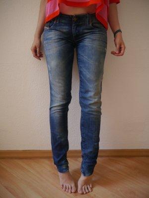 """Schöne """"Super Slim Skinny"""" Ripped Blue Jeans von DIESEL, Modell GRUPEE in 27/32 [Neupreis 119€]"""