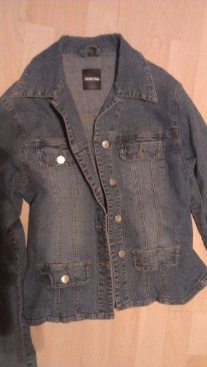 schöne taillierte Street One Jeansjacke