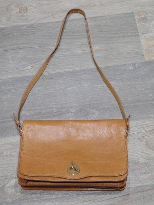 schöne Tasche im Vintage-Design von Zara, cognac braun