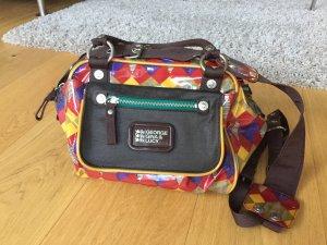 Schöne Tasche von George Gina & Lucy