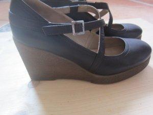 schöne UNISA Gr. 39 Schuhe
