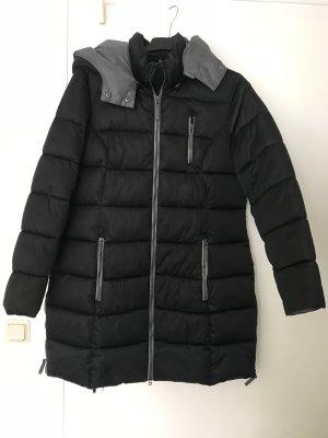 Schöne warme Winterjacke von Etage NP 120 EUR