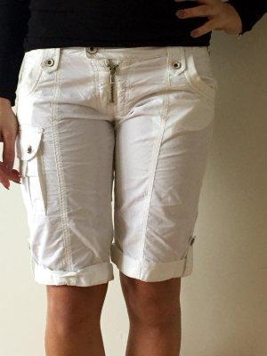Schöne weiße 3/4 Hose