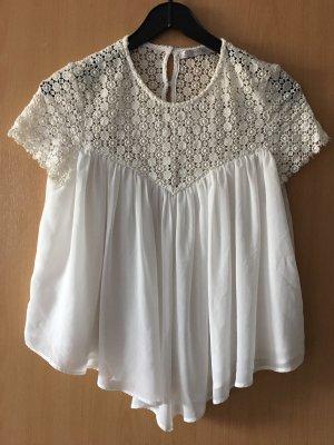 Schöne weiße Bluse mit Stickerei von Zara, Größe 36