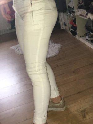 Schöne weiße Hose...