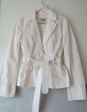 Schöne weiße Jacke von Esprit in Größe 36