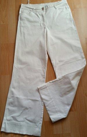 Schöne weiße Jeanshose von bpc Gr. 42