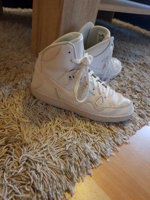 Schöne, weiße Sneaker Gr. 38,5
