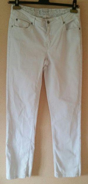 Schöne weiße TCM Jeanshose Gr. 42