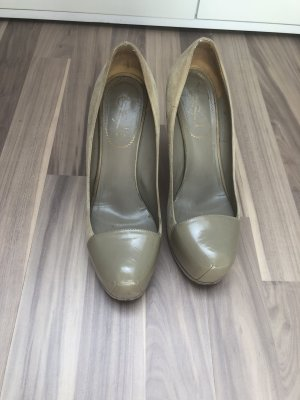 Schöne Yves Saint Laurent Pumps