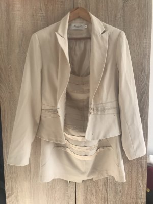 Ladies' Suit cream-natural white