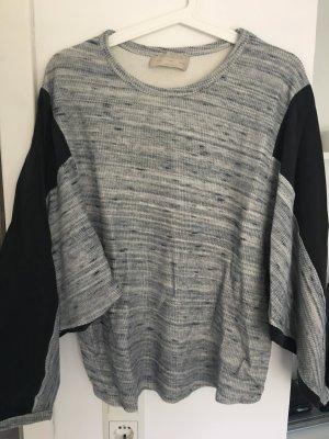 Schöner ausgefallener Pullover