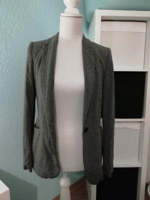 schöner Blazer von Zara in grau