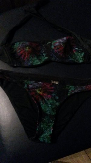 schöner bunter Bikini Calzedonia S