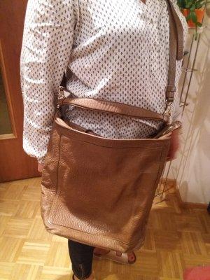Schöner Coccinelle Tasche