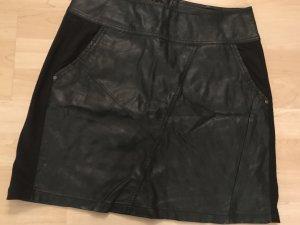 Cream Falda de cuero negro
