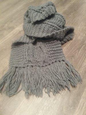 schöner dicker Schal