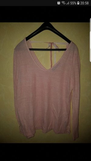 Ann Christine V-Neck Sweater pink