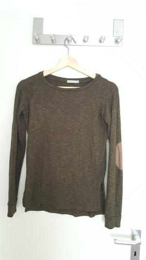 schöner dünner Pullover von Bershka