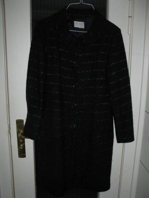 schöner dunkelblauer Mantel aus Wolle von einer exklusiven Modedesignerin