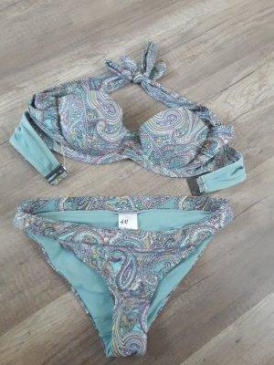 schöner eleganter Bikini