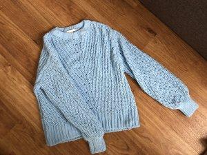 Schöner flauschiger Pullover
