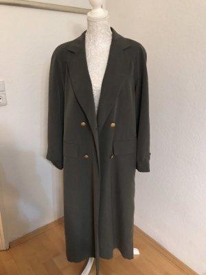 Schöner fließender Mantel/ Trenchcoat