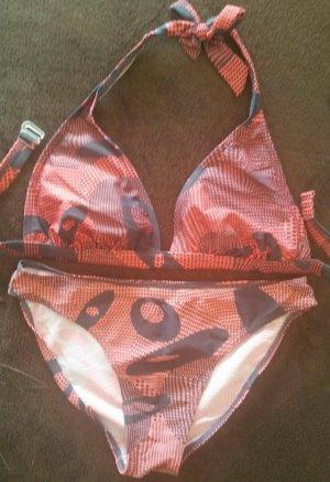 Schöner gepolsterter Neckholder Bikini