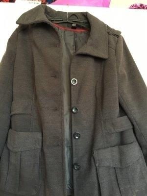 Schöner grauer Mantel