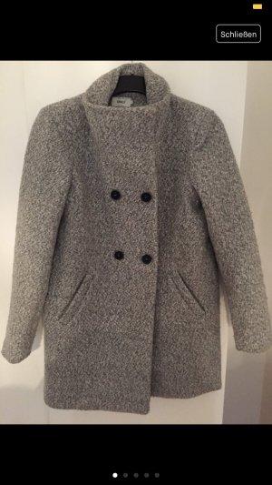 Schöner grauer Mantel von Only