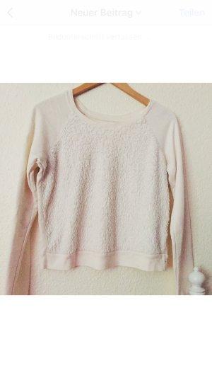 Schöner Hollister Pullover mit Fell