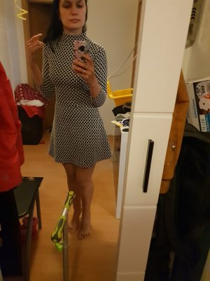 Schöner Kleid von H&M