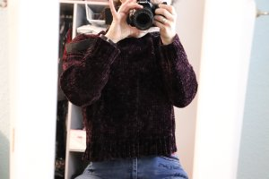 schöner kuscheliger Pullover kurz cropped new look petite Lila gr s