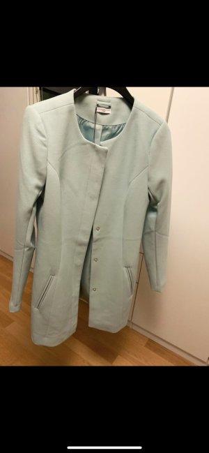 Schöner leichter Mantel