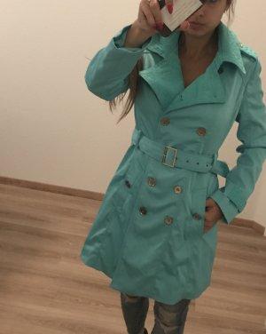 Schöner Mantel in Türkis